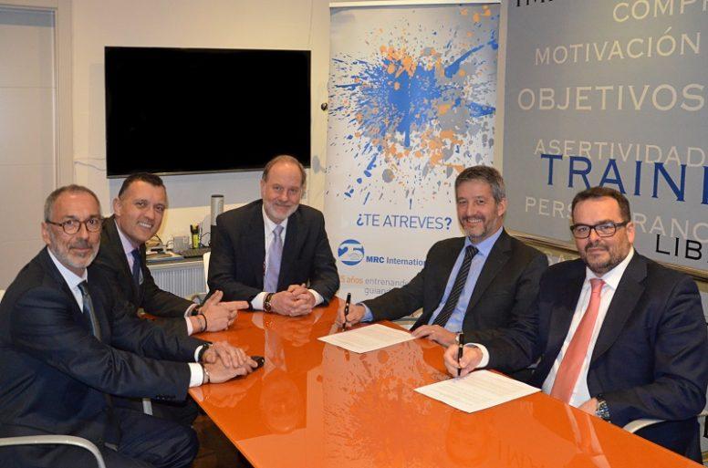 Firma MRC International Training y Aedipe Catalunya 2018